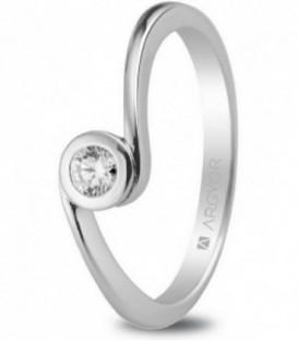 Anillo de compromiso de oro blanco de 18kt con un diamante - 74B0007